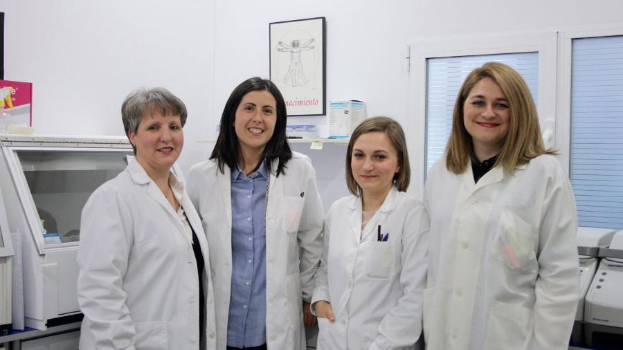 En Ampligen trabajamos con expertos en análisis en ADN y tests de paternidad